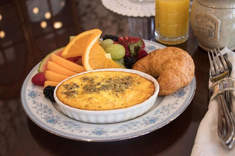Breakfast at the Rochester Inn Historic Bed & Breakfast in Sheboygan Falls